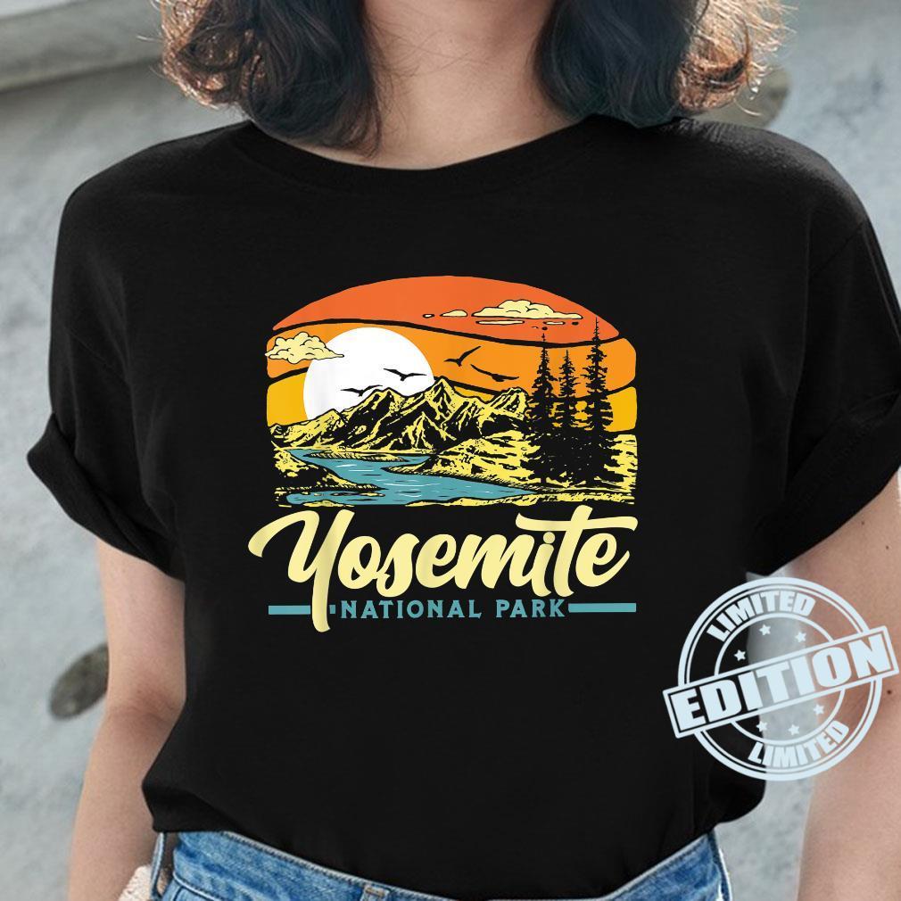 Yosemite National Park Vintage 80s Retro California Sunset Shirt ladies tee